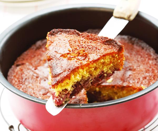 Cake aux cerises et au miel