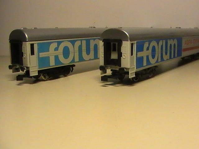 Trois nouvelles voitures pour mon train forum/expo entreprise