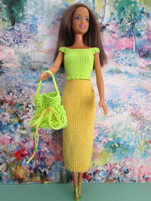 Tops et jupes mi longues pour barbie