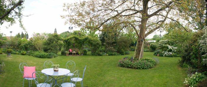 Le jardin des Monterelles. baboeuf - 60