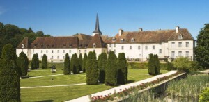 Chateau_de_Gilly.jpg