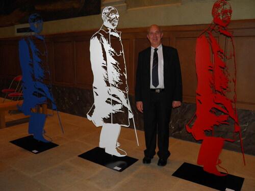 * Réception aux Invalides de la fondation Charles de Gaulle
