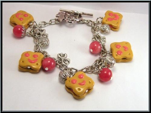 Bracelet bichoco à la fraise en fimo et agate rouge