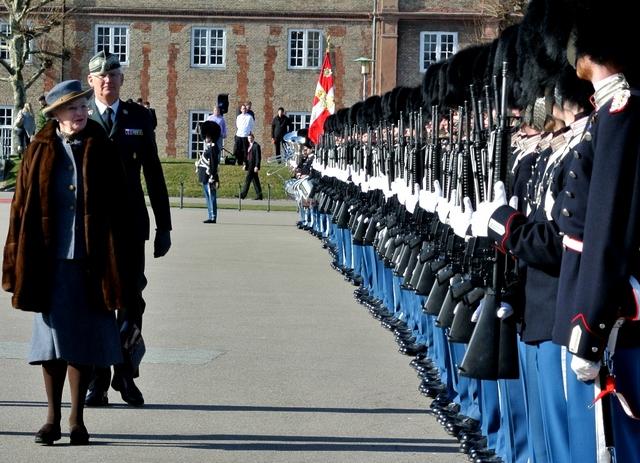Margrethe et les soldats