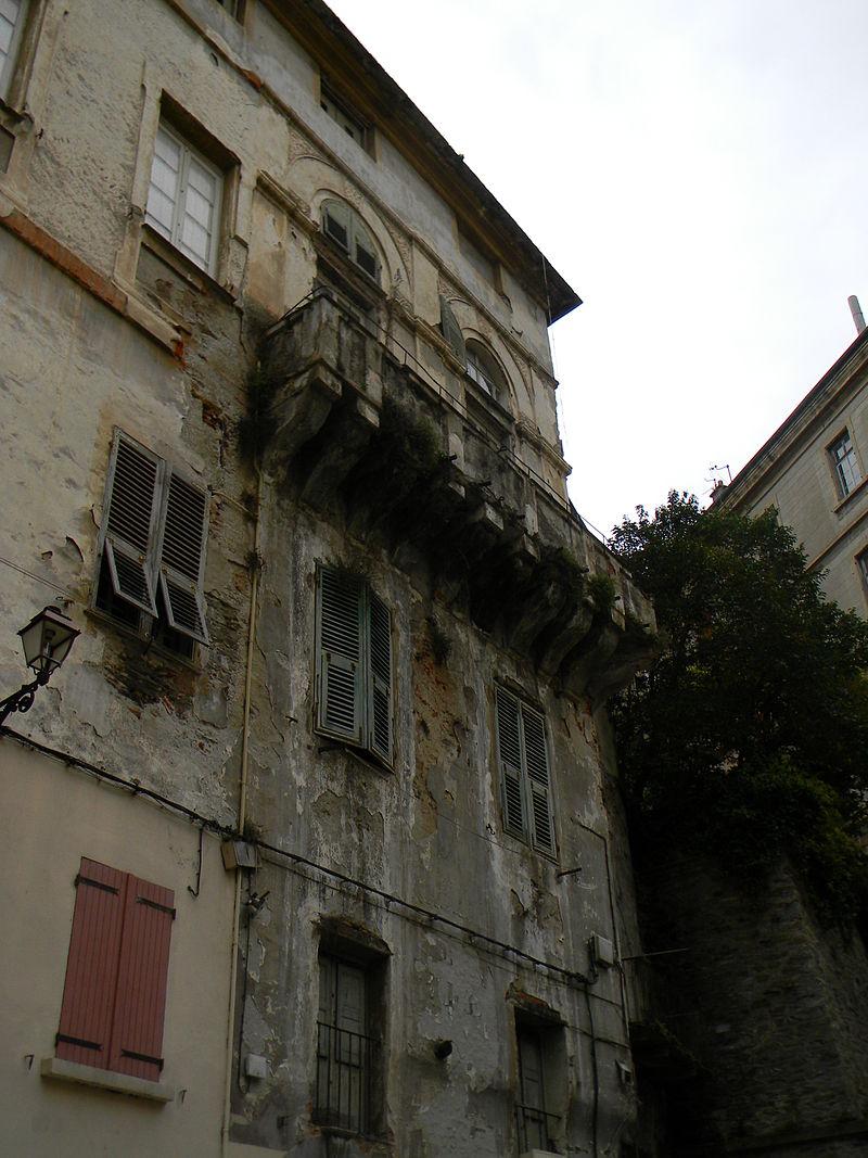 Palazzo Caraffa Bastia.jpg