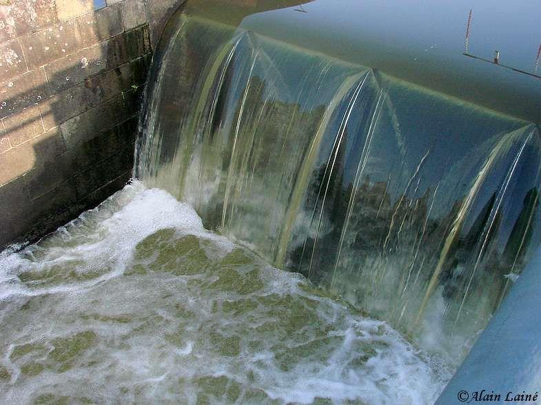 Canal_St_Martin_20Fev09_2