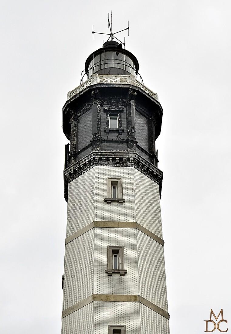 Un phare en ville....!!!!