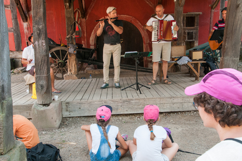 FOLKLORE A L ECOMUSEE