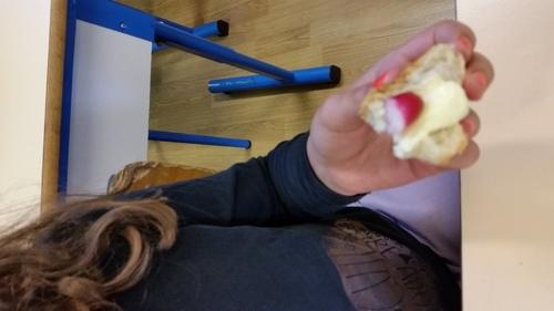 Dégustation de radis en classe : qui plante dîne !!!