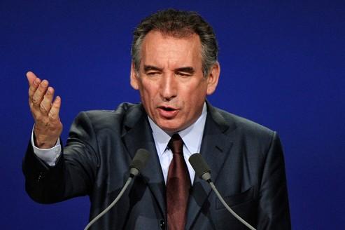 François Bayrou: le centriste complètement décentré !