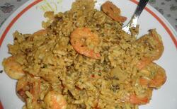 Riz au curry avec crevettes
