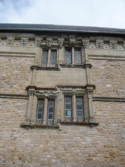 Assier - Château et Eglise (46)
