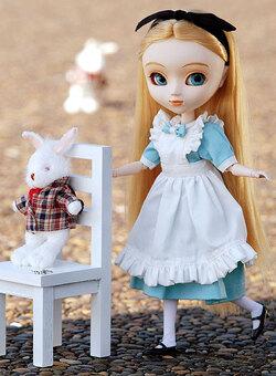 Juillet: Pullip Fantastic Alice
