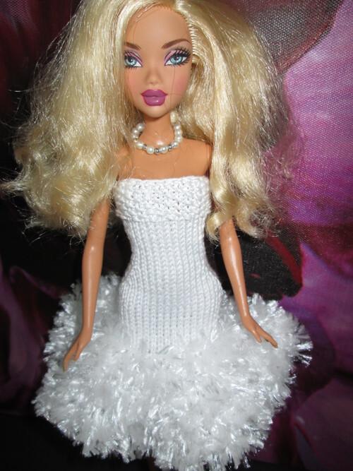 Robes fourrure pour barbie