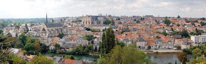 Poitiers, au fil des rues...
