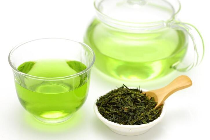 Santé 2:  Le thé vert aide à perdre du poids