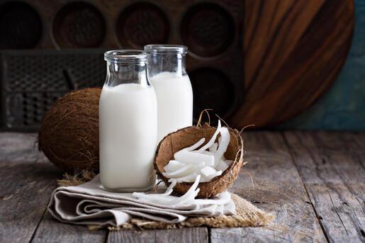 propriétés et bienfaits de consommer de l'eau de coco