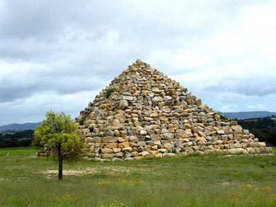 Ballandean Pyramid Australie