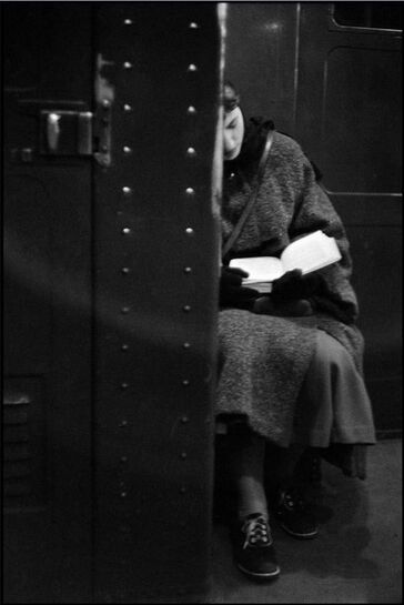 Femmes lisant- photographies