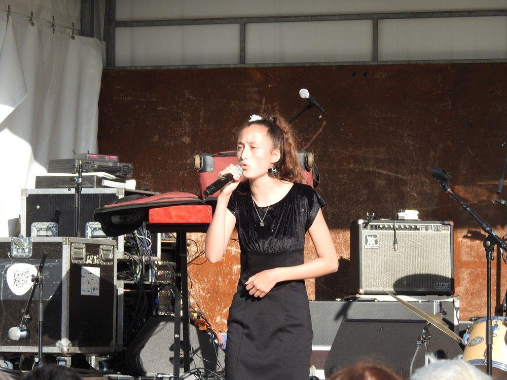 Eva Labat, une jeune chanteuse talentueuse et prometteuse...