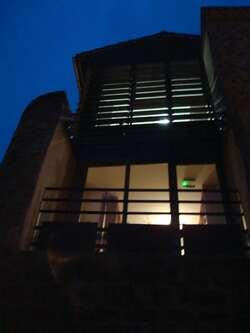 Chabrillan - CaféBibliothèque - en haut la bibliothèque, en bas le café