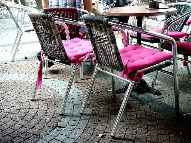 24 Sièges et chaises 11 Marc de Metz 25 06 2012