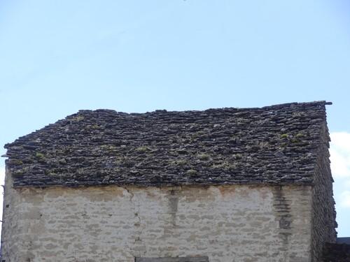 """Les toits en """"laves"""""""