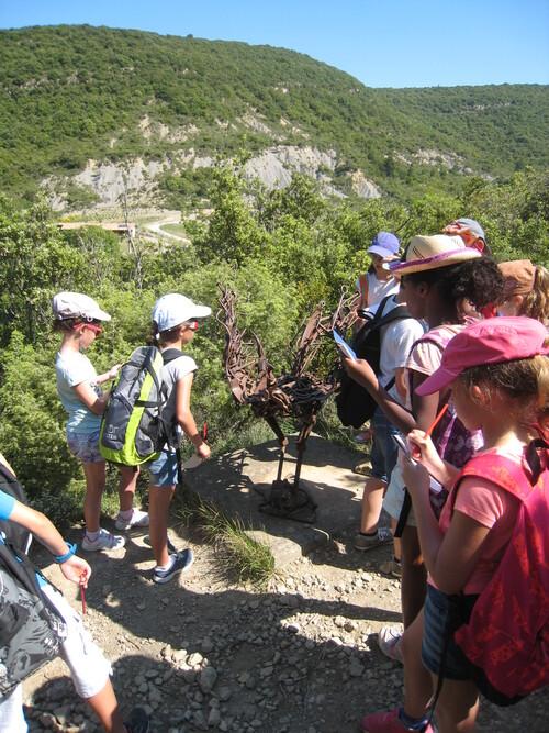 Notre sortie scolaire au sentier sculpturel de Mayronnes