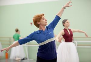 dance ballet class reflexion lola de avila