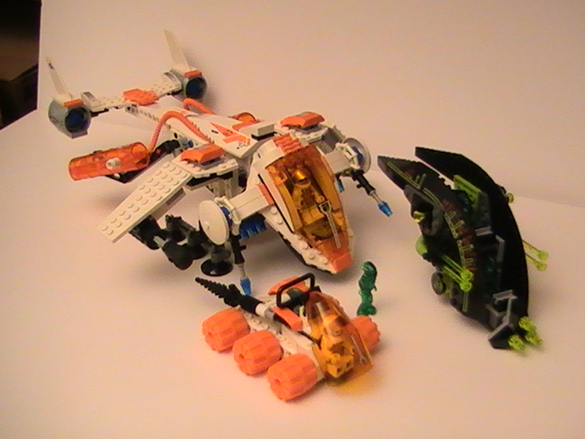 Lego Mars mission n° 7692 de 2007 - Le MX-71 Recon dropship.