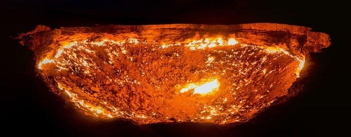 Un foyer géant dans le désert connu sous le nom de «portes de l'enfer» brûle depuis plus de 50 ans