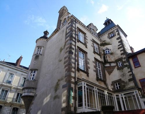 Rennes: autour de la place Zainte Anne (photos)