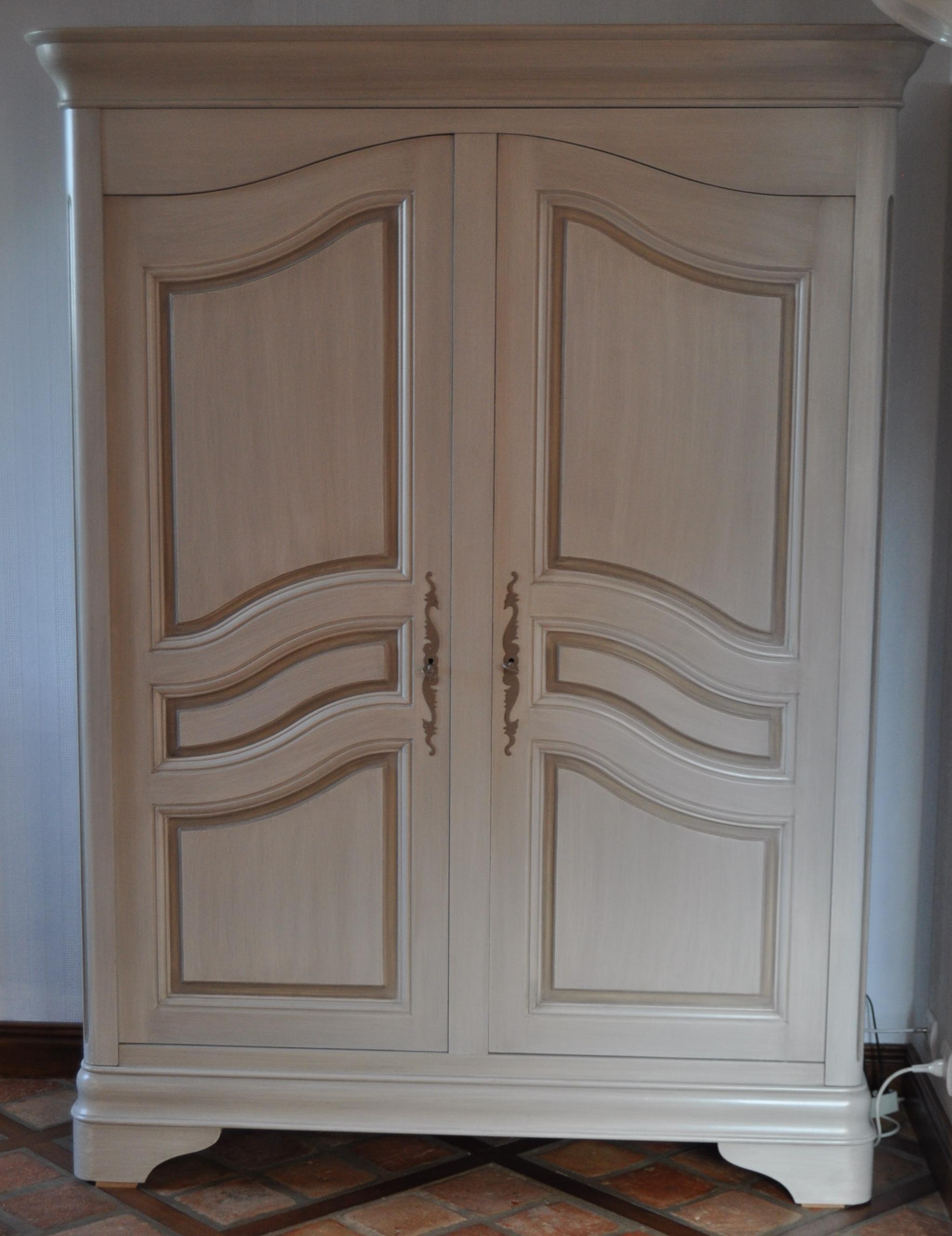 armoire patin e lin et beige taup. Black Bedroom Furniture Sets. Home Design Ideas