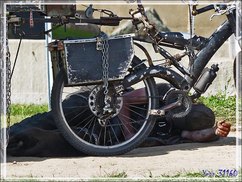 Ultime photo de ce périple de 5 semaines : le repos du routard à vélo - Lachine (Montréal) - Quebec - Canada