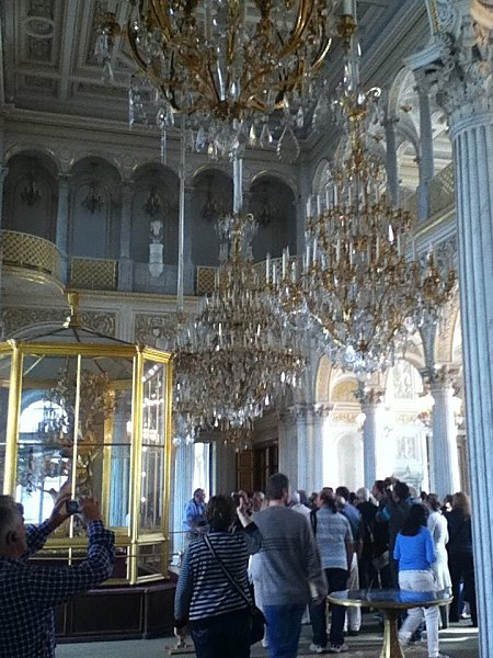 st Pétersbourg Ermitage.lustres