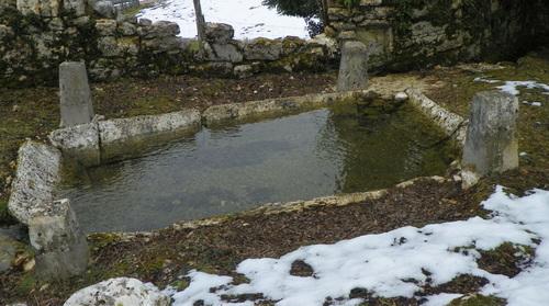 L'ancien lavoir de Préveysieu