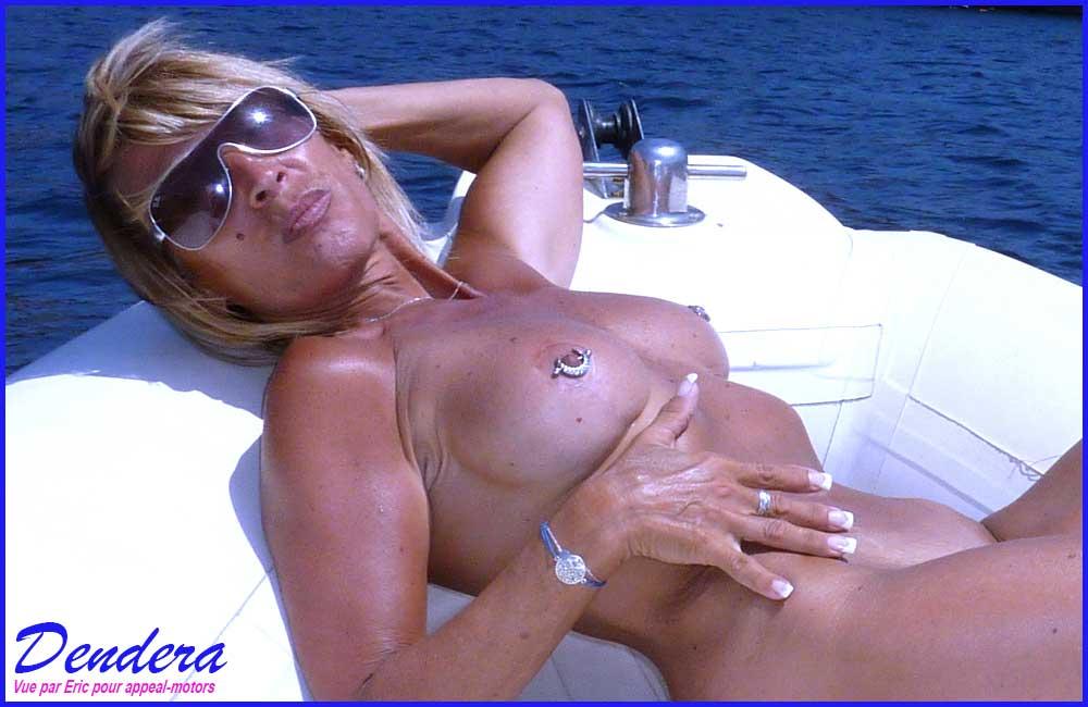 Dendera en bateau