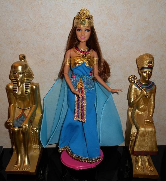 Barbies,les robes de mes voyages 3qOmh9FFNHe8h-Rzhysu7jvz1V4