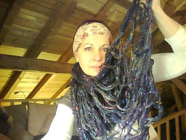 Tricoter son écharpe sans aiguilles