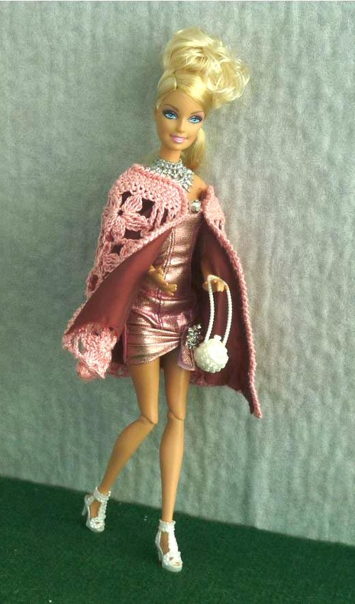 "Barbie en cape ""Glamour"""