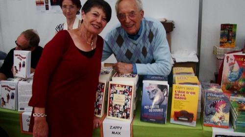 """""""Le livre sur la place""""édition 2011  Zappy Max"""