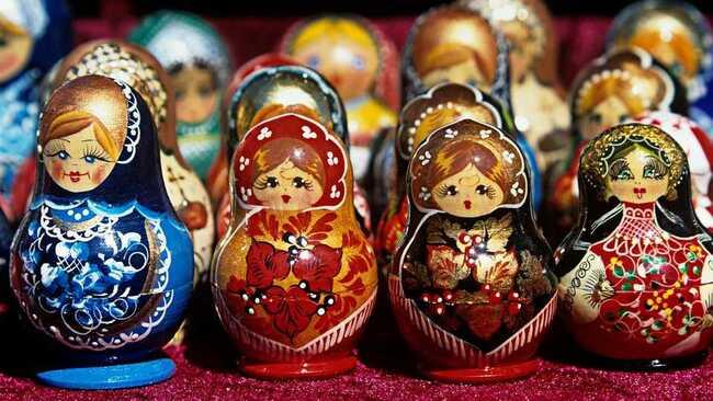 L'Histoire Des Poupées Russes..