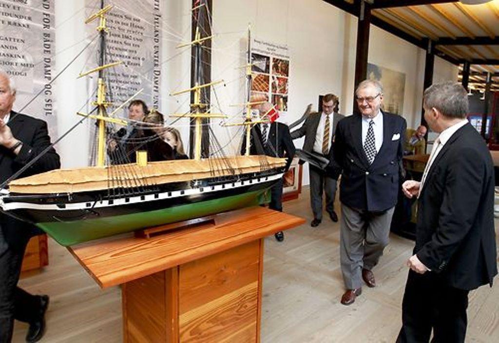 Henrik et le navire