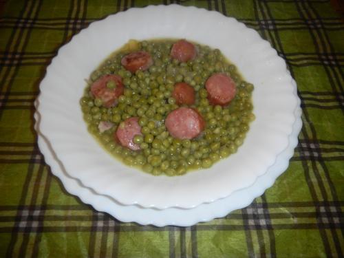DIOTS (saucisses de Savoie) AUX PETITS POIS.