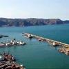 Le port, la jetée, Stora