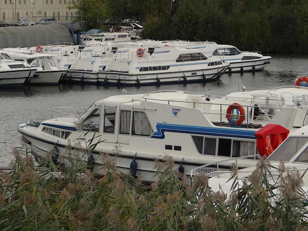 Port de plaisance St.Jean de Losne ...le plus important de France