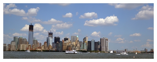 097 - NYC - Liberty Island - skyline