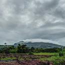 La Pelée depuis l'Ajoupa-Bouillon (4) Un jour de pluie - Photo : Yvon