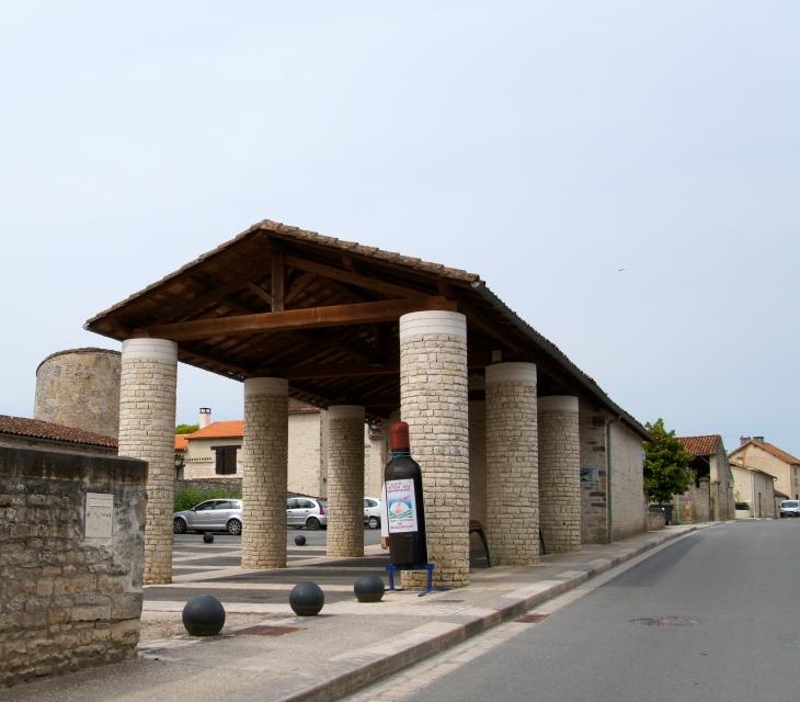 La Halle. - Saint-Fraigne