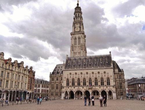 Arras: autour du Beffroi (photos)